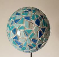 Boule mosaique deco de jardin bleu tropical 1
