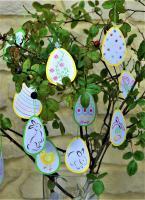 Broderie papier mobile de paques oeuf lapin poussin cloche tulipe loisir creatif eugenie