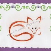 Broderie sur papier carte a broder loisirs creatifs renard violet