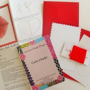 Broderie sur papier loisirs creatifs coeur rouge enfant
