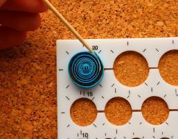 Epouser la forme d un gabarit cercle quilling loisirs creatifs 7