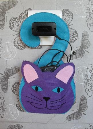Kit loisirs creatifs feutrine porte telephone chat 03