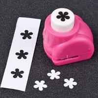 Mini perforatrice fleur 5 petales arrondis loisir creatif eugenie 05