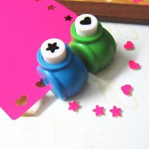 Mini perforatrice loisirs creatifs eugenie fleur 5 petales 01