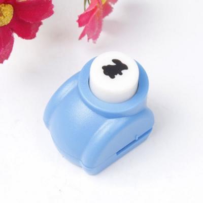 Mini perforatrice loisirs creatifs eugenie lapin 05