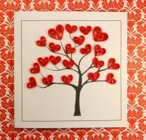 Modele quilling facile debutant carte arbre aux coeurs rouges 1