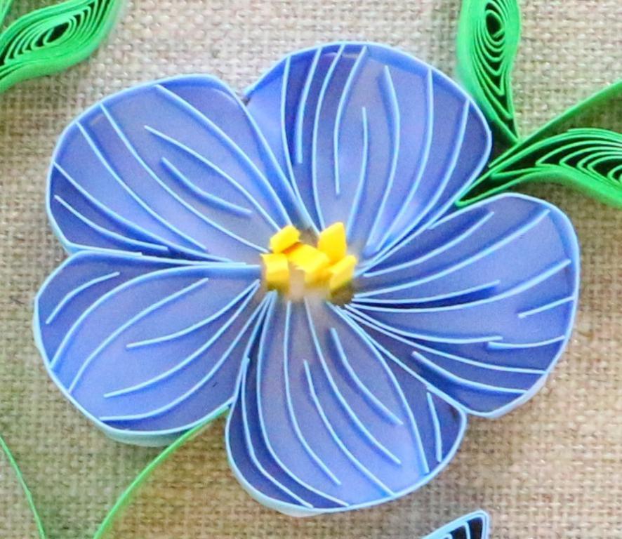 Modele tuto tableau fleur de lin quilling detail